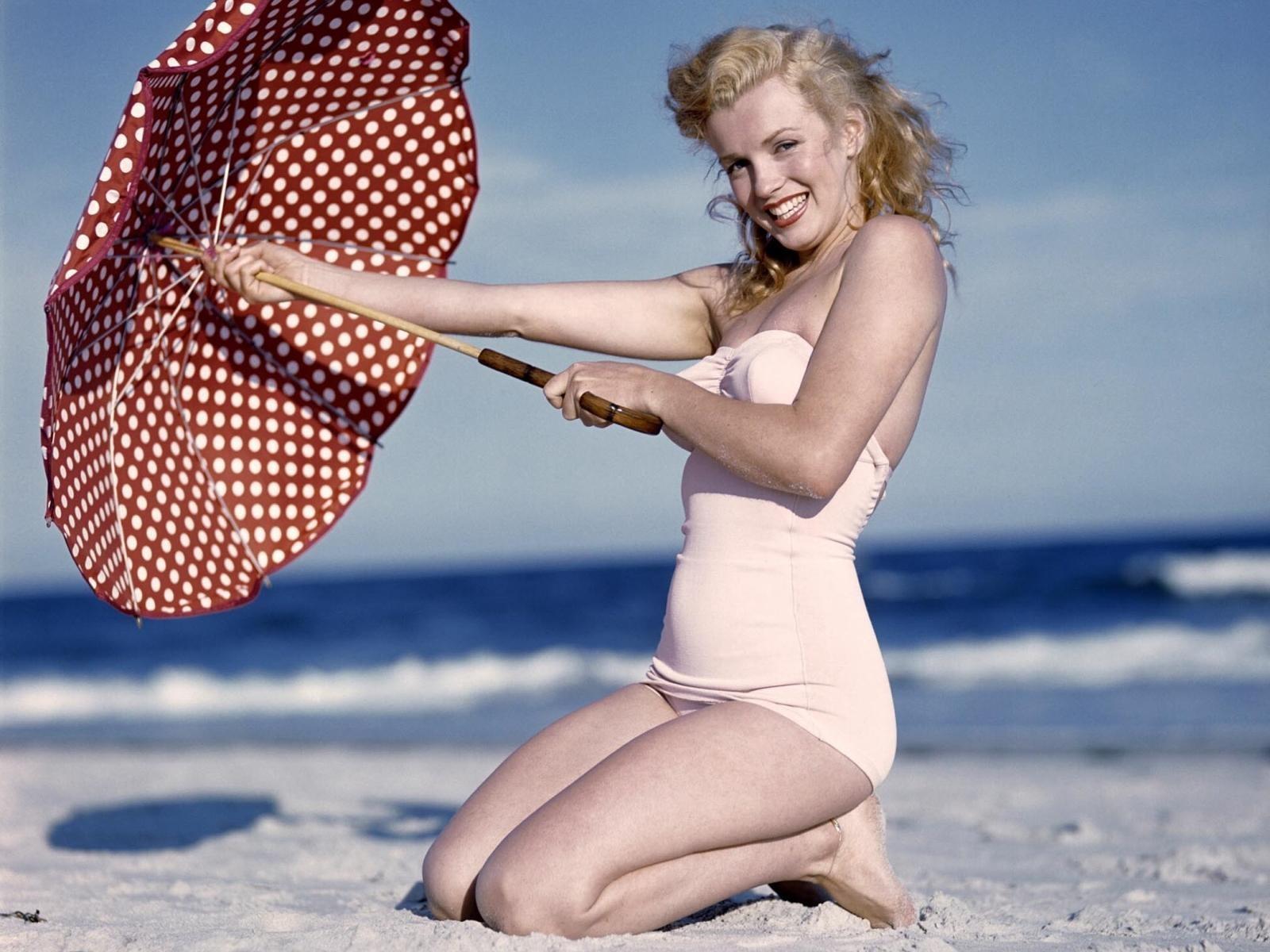 Cute Marilyn Monroe HD PicturesPhotos ImagesHigh Quality 1600x1200