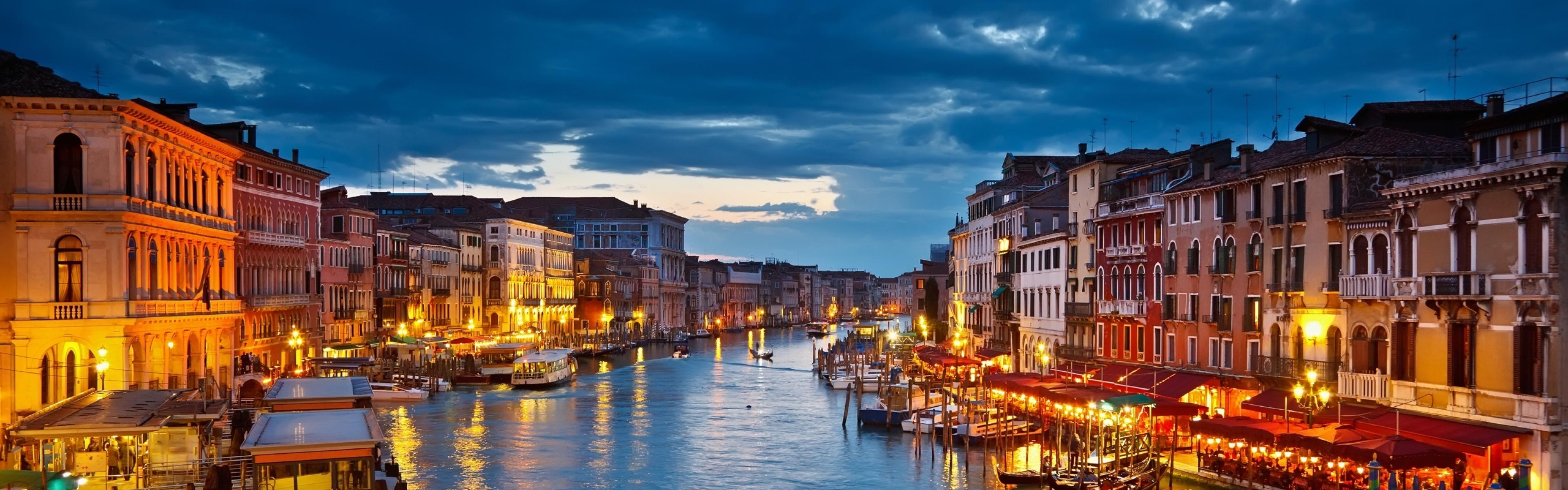 3840x1200 Wallpaper italy venice gondolas river 3840x1200