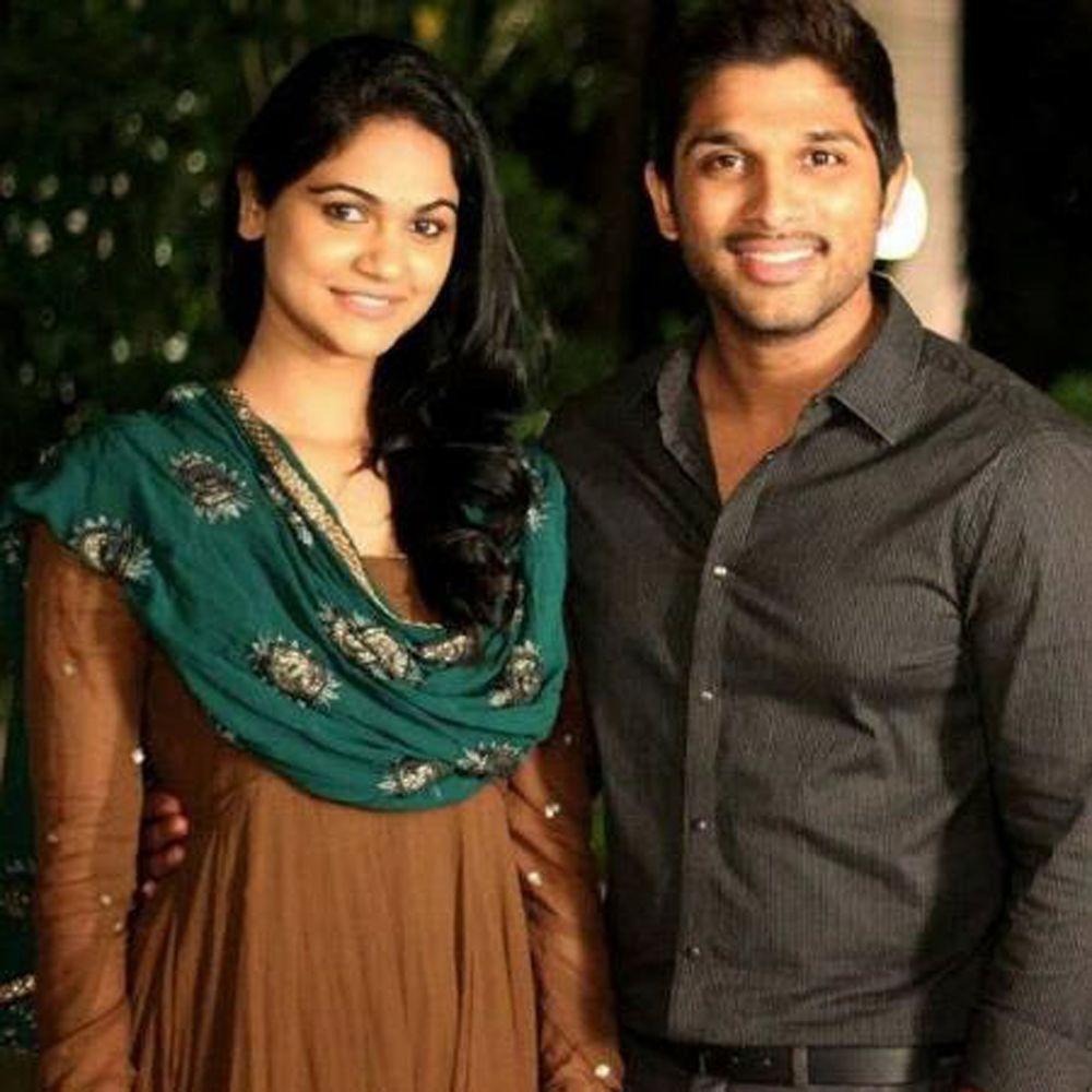 Allu Arjun and Sneha Reddy Unseen Photos 1000x1000