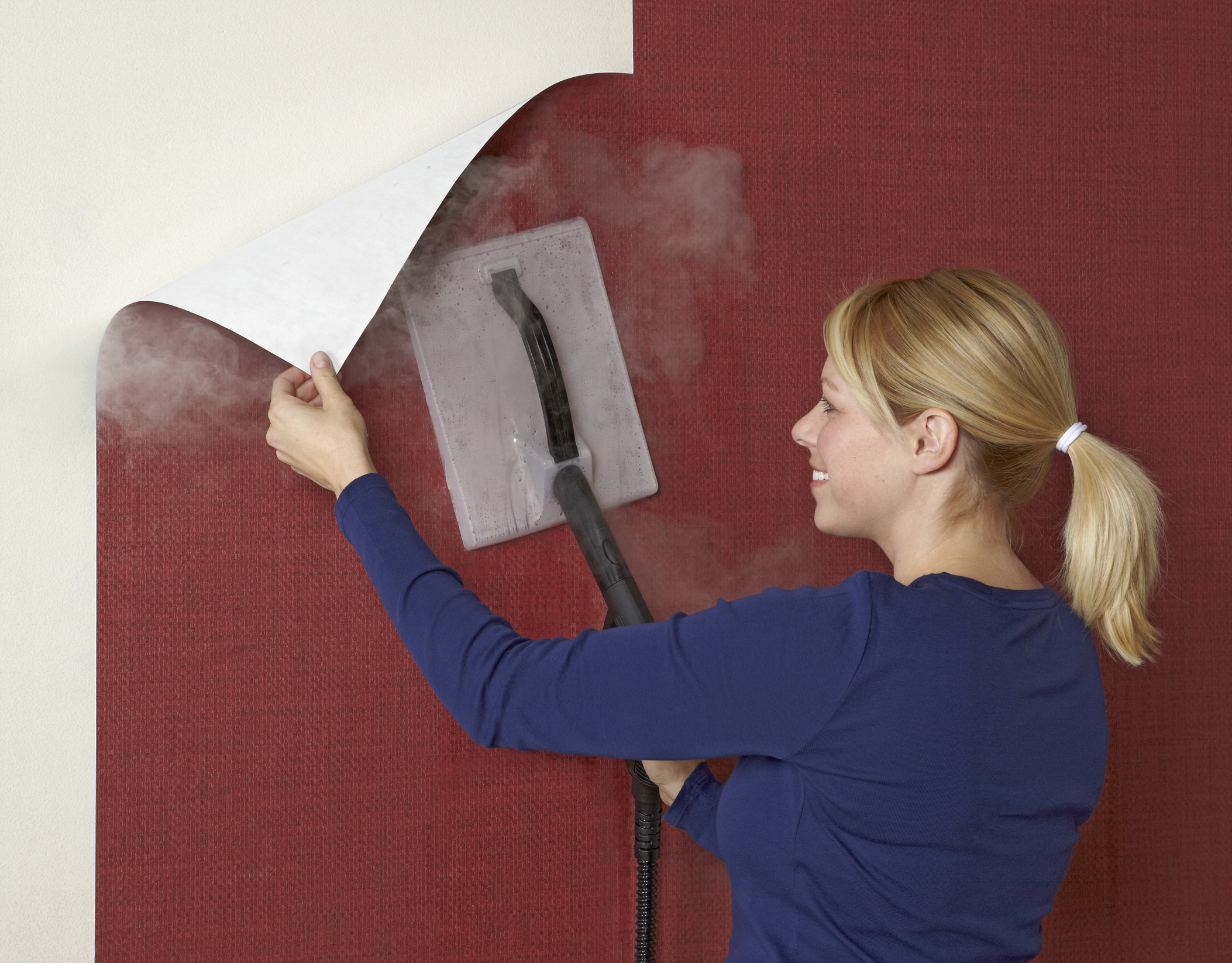 Wallpaper removal with wallpaper steamer 2106x1646