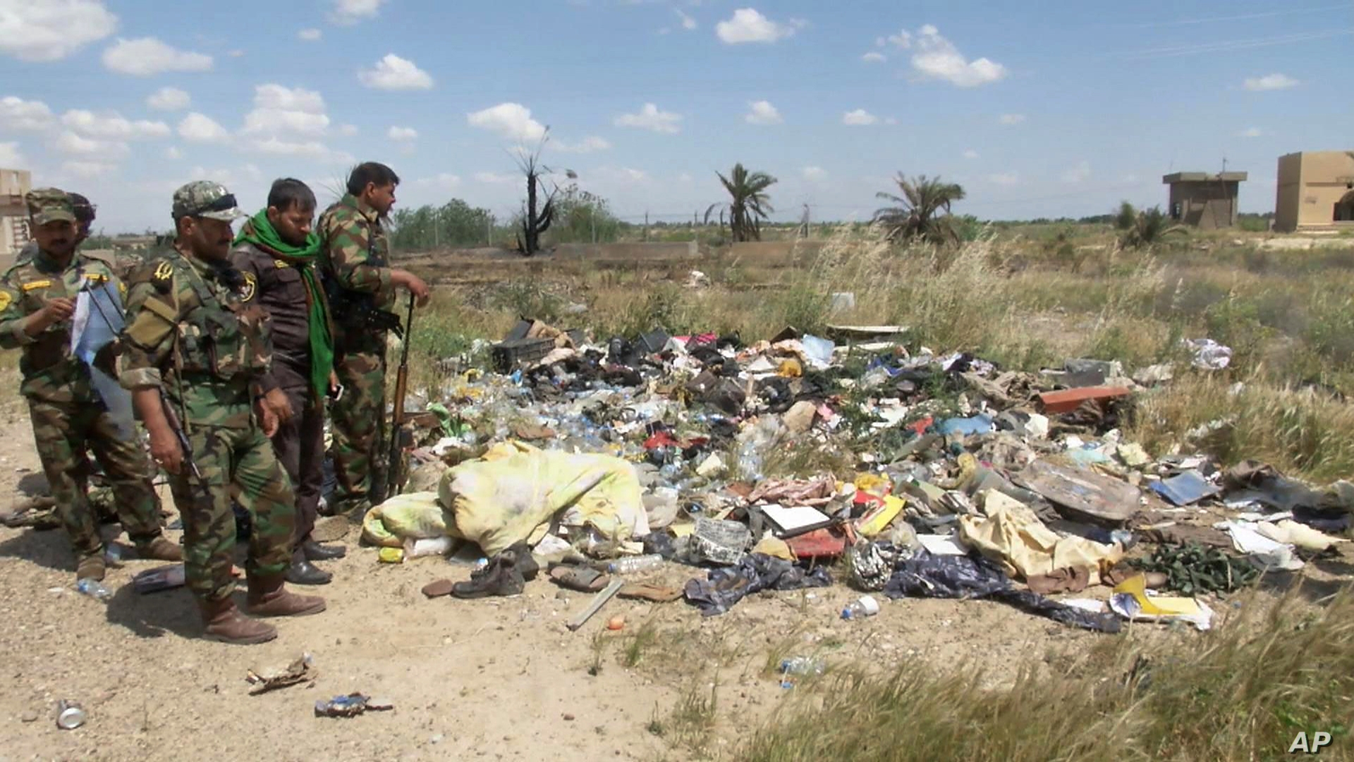Mass Grave of Iraq Soldiers Exhumed in Tikrit Voice of America 1920x1080