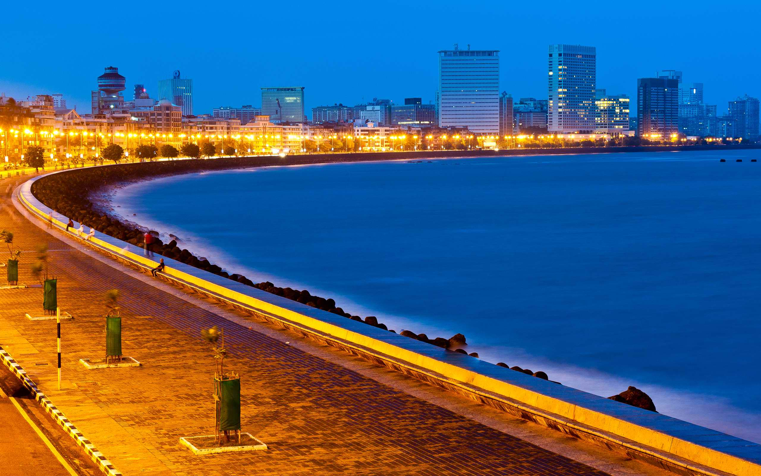Beautiful View Marine Drive Mumbai Wallpaper 28322   Baltana 2560x1600