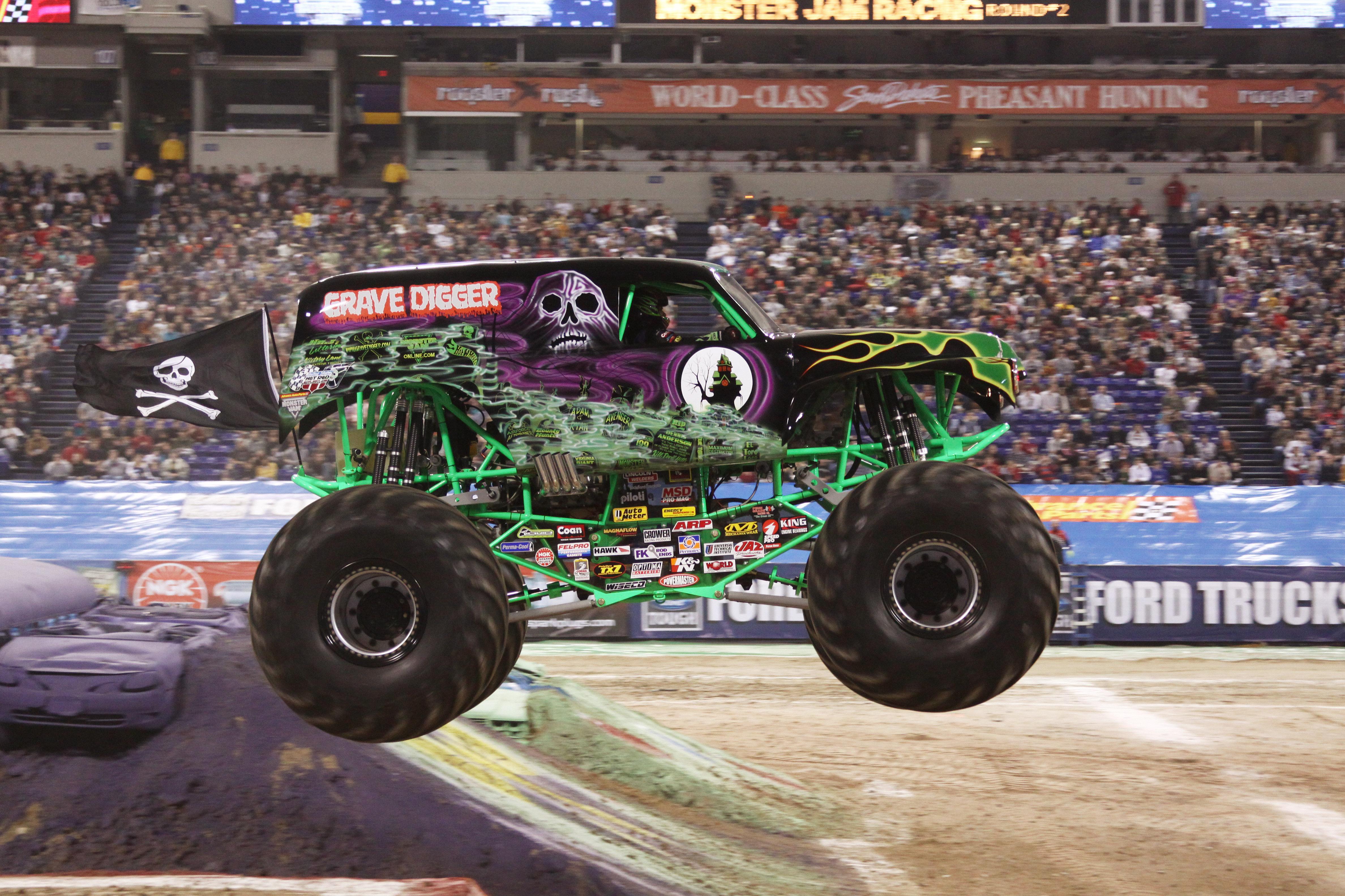 GRAVE DIGGER monster truck 4x4 race racing monster truck jd wallpaper 4752x3168