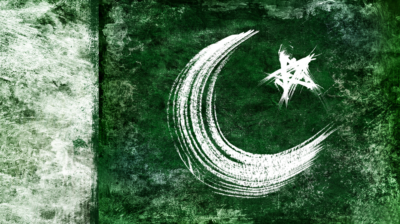 Wallpaper pakistani flag high resolution hd wallpapers download 1366x768