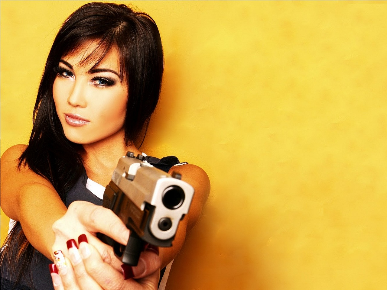 Girls Guns   Girl Guns 173   Alafoto Wallpapers 1280x960
