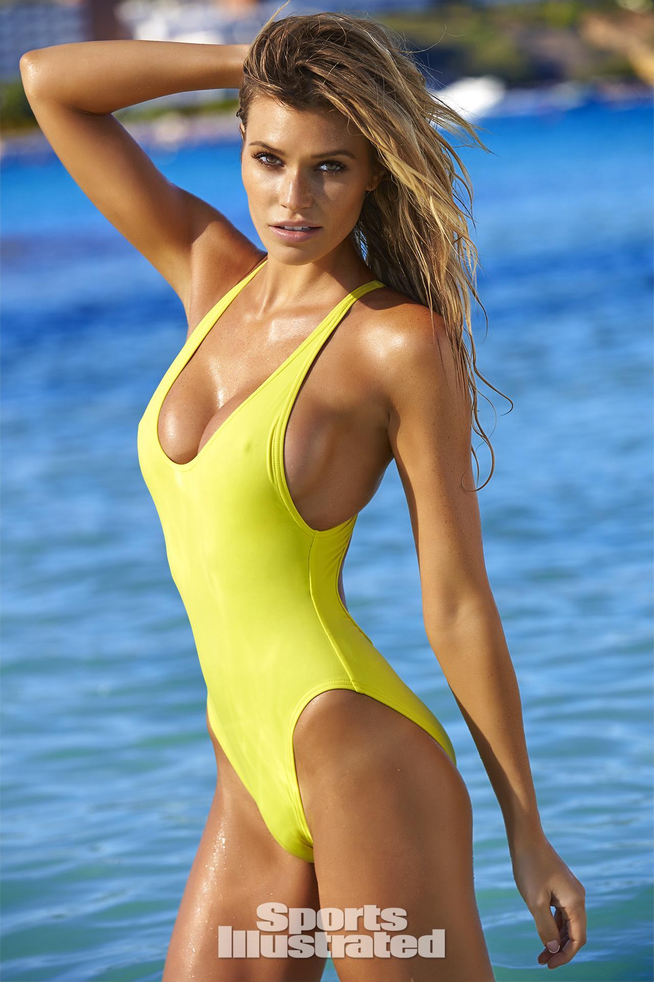 1145e3c3bb Samantha Hoopes Sports Illustrated Swimsuit 2016 16 1280x1920