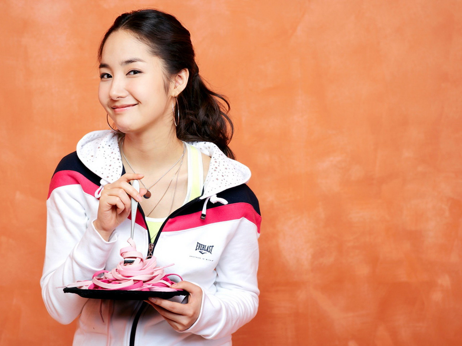 Park Min Young Wallpapers Images Photos Pictures Backgrounds 1600x1200