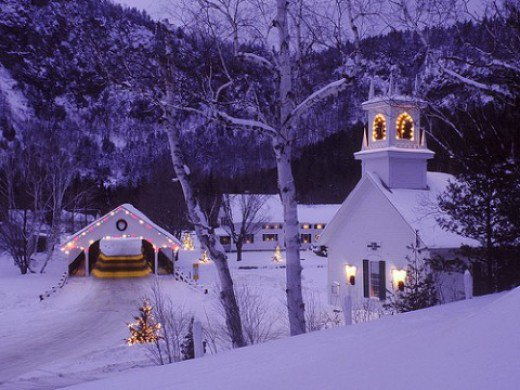 Beautiful Christmas Village Wallpaper Scenery 520x390