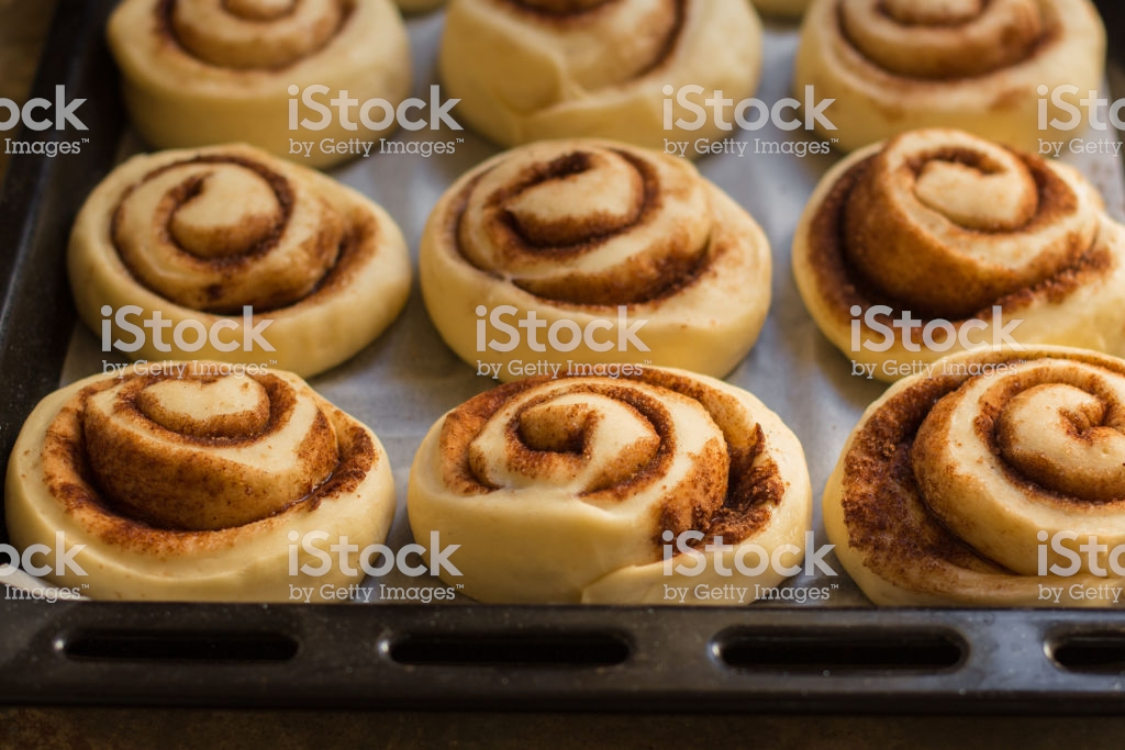 Buns Cinnamon Cinnabon Cooking Process Copy Space Stock Photo 1024x683