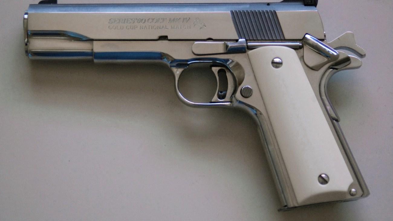 Pistol Wallpaper For Iphone Colt 1911 Gun Pistol Wallpaper 1300x731