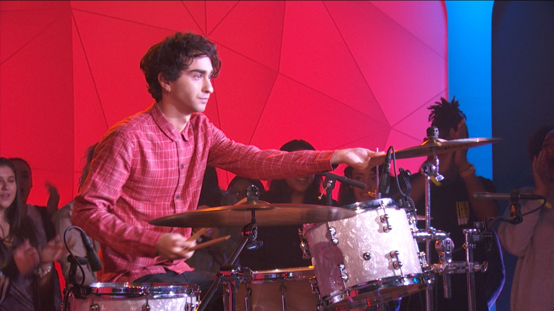 Alex Wolff and DC Young Fly Play Beat Down   TRL Top 10 Video 1920x1080