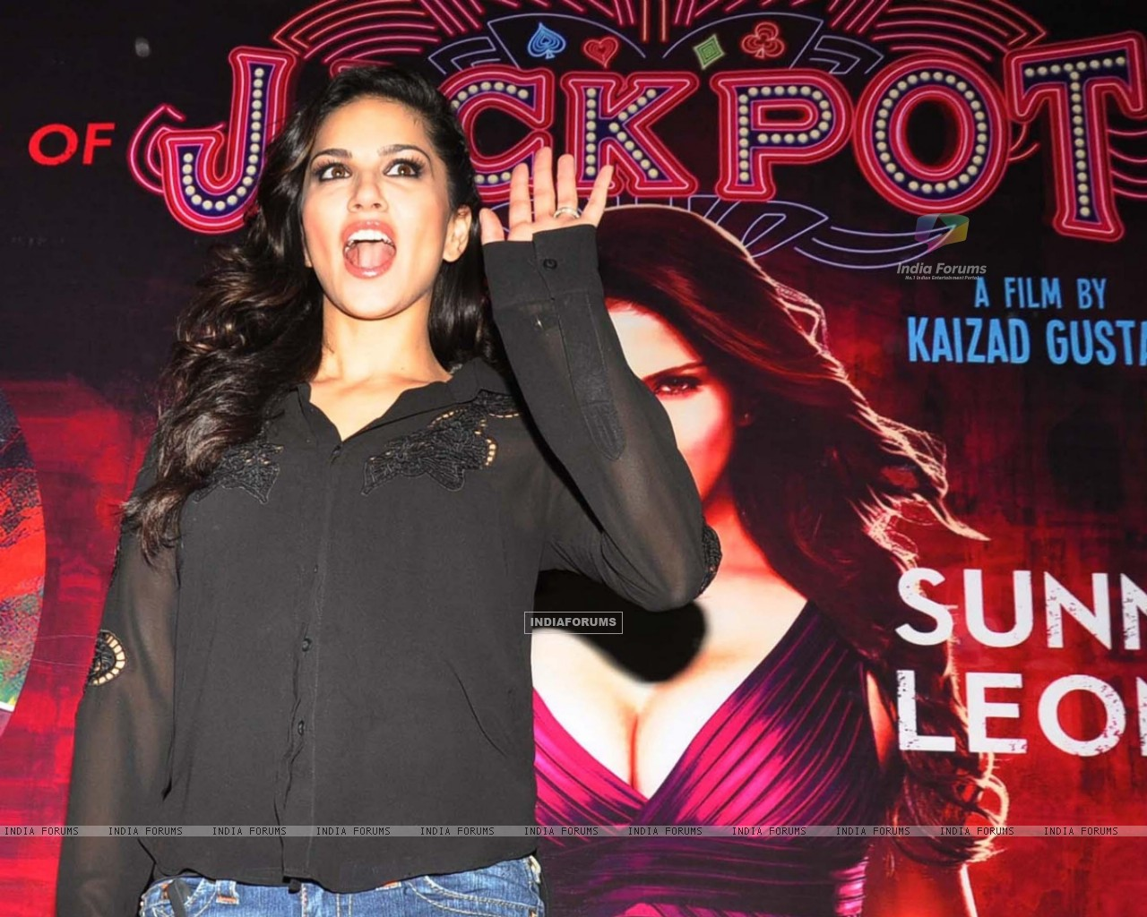 Wallpaper   Sunny Leone during a promotional event of their film 1280x1024