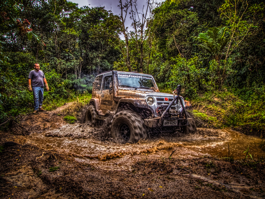 Off Road Jeep Hd Wallpaper >> Mudding Wallpaper - WallpaperSafari
