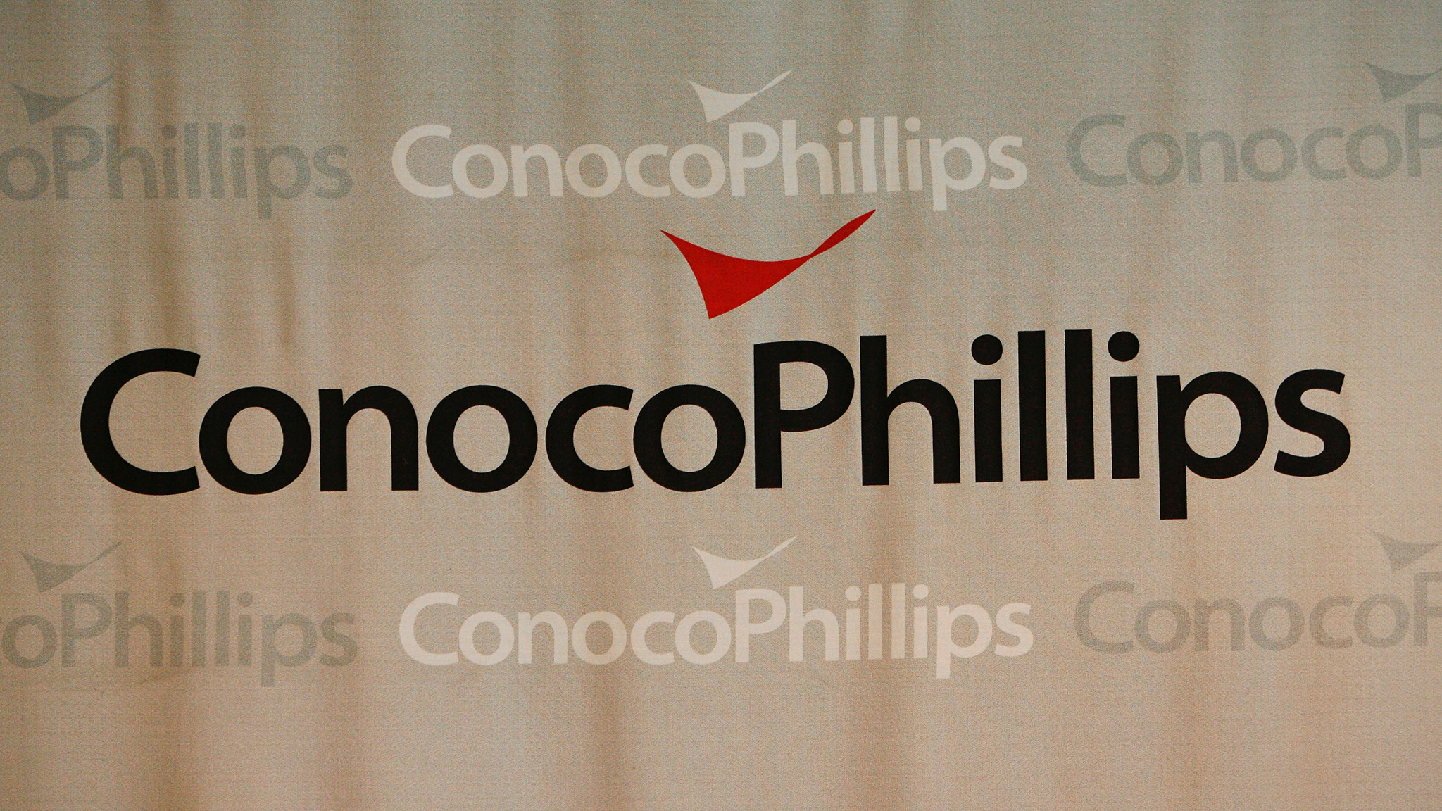 ConocoPhillips puts North Sea oil stake on the block Financial Times 2048x1152