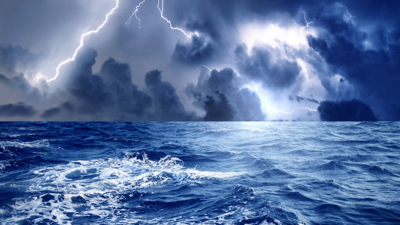 Download Hd Lightning Over Ocean Nature Wallpaper Full HD Wallpapers 1366x768