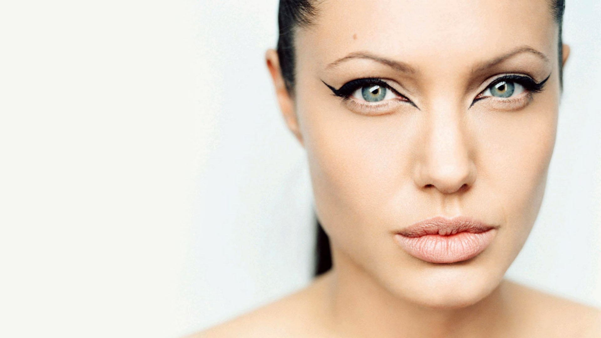 HQ Angelina Jolie Eye Makeup 1920x1080 Wallpaper   HQ Wallpapers 1920x1080