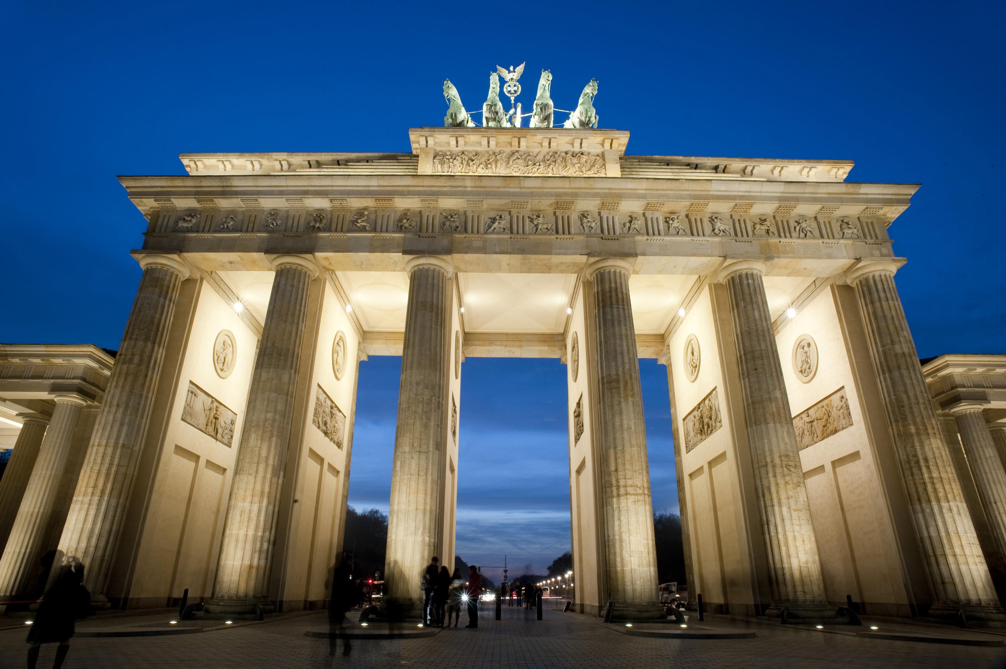 15 Brandenburg Gate HD Wallpapers Background Images   Wallpaper 3200x2129