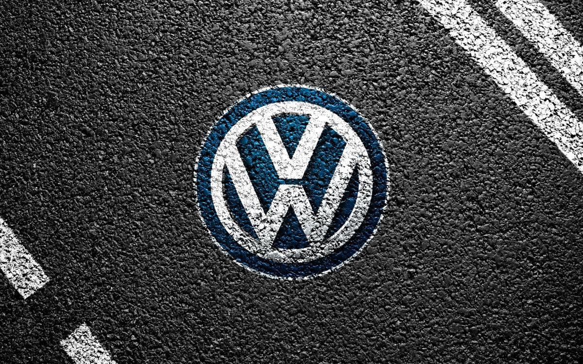 VW Logo Wallpaper - WallpaperSafari