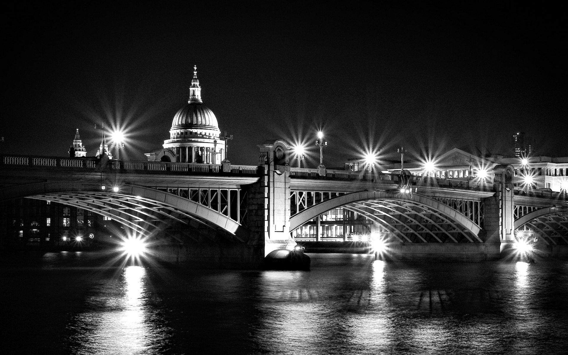City Black and White Wallpaper   New HTC Phone 1920x1200