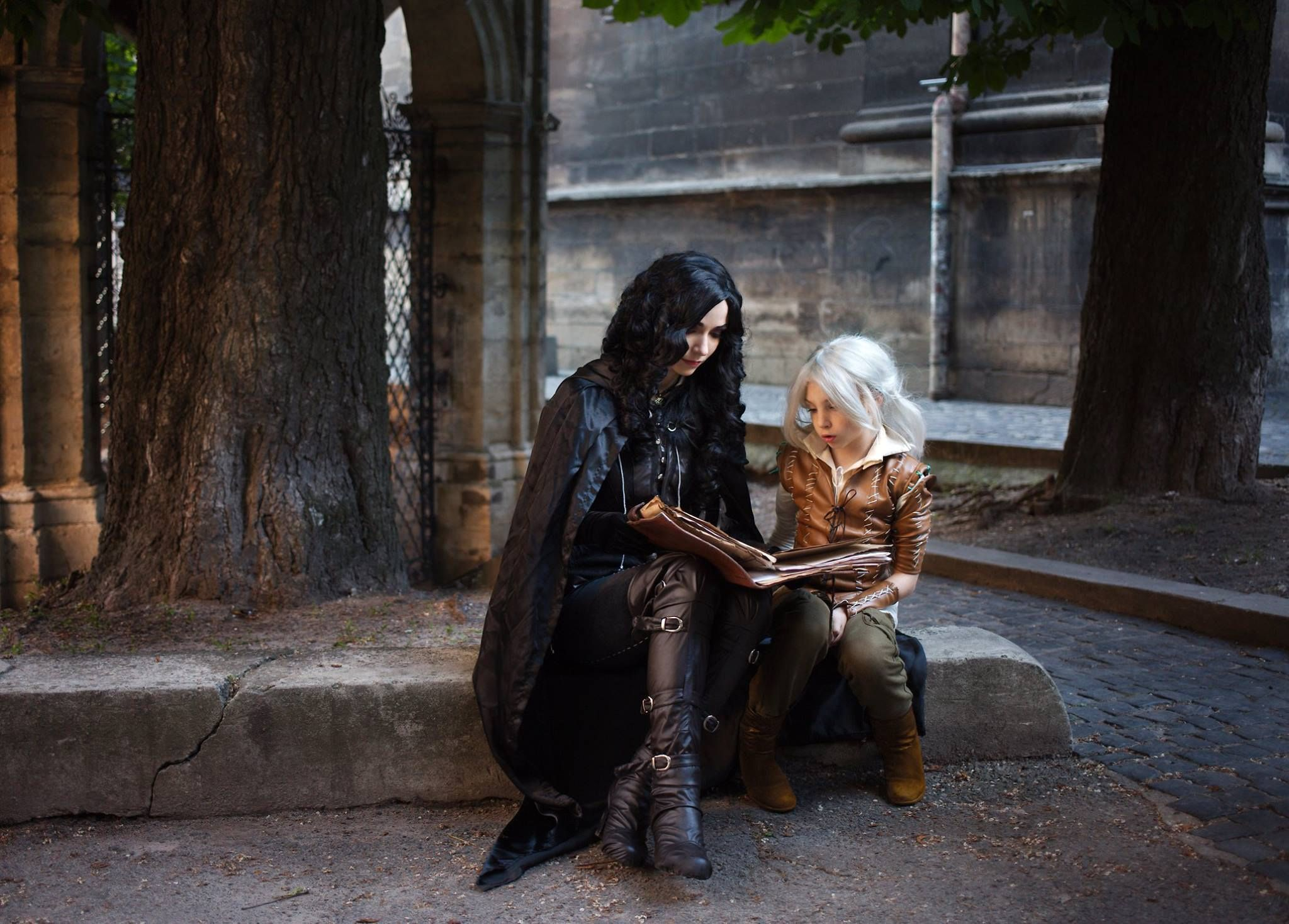 Yennefer and Ciri cosplay References for art in 2019 The 2048x1468