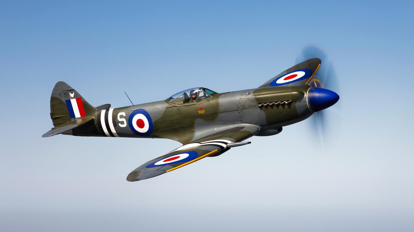 Spitfire Wallpaper Submarine spitfire   1007 1366x768
