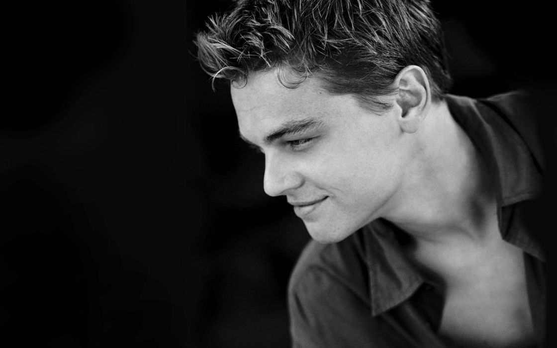 Leonardo Dicaprio actor handsome man wallpaper 2560x1600 1120x700