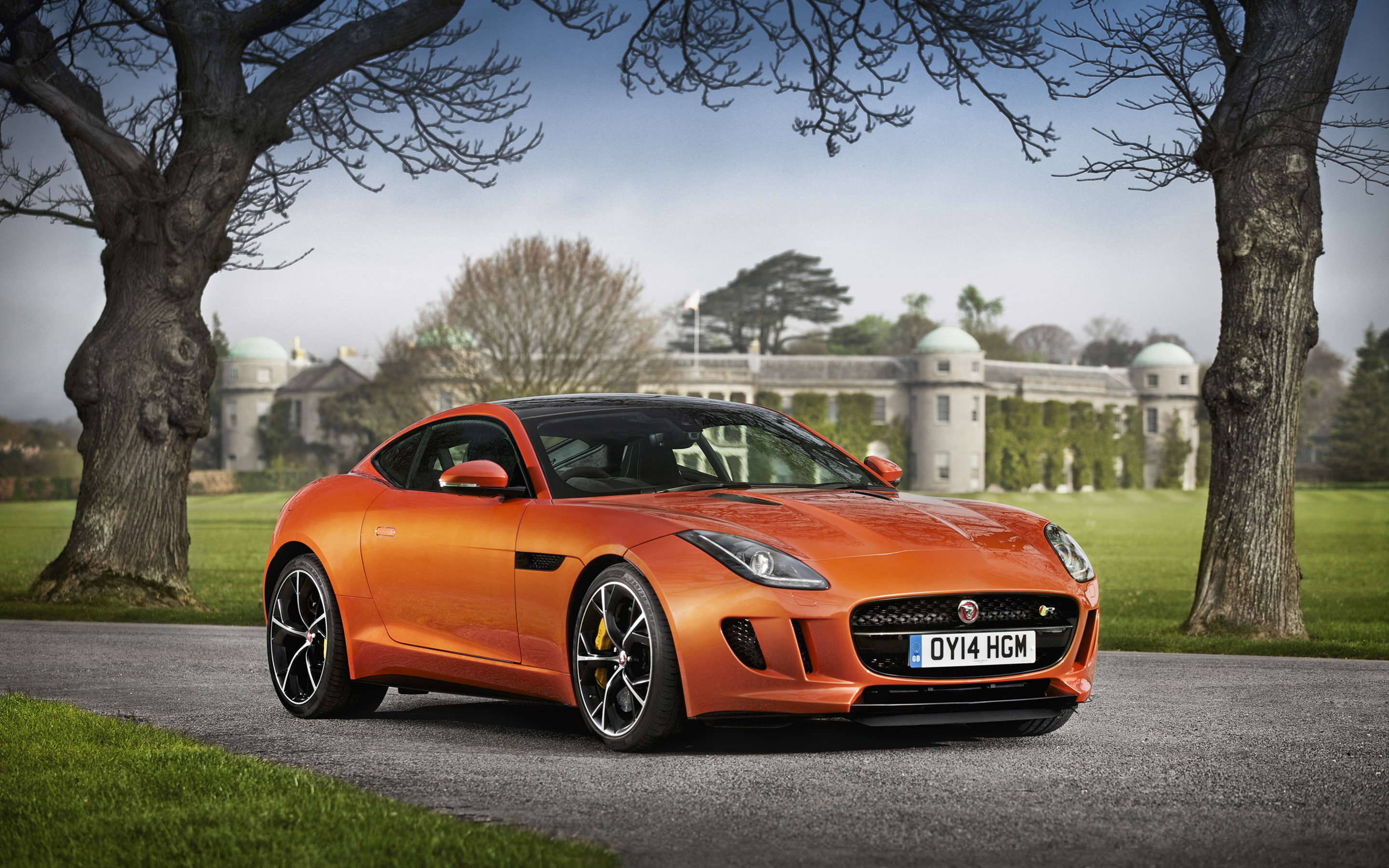 2014 Jaguar F type R Coupe 7 Wallpaper HD Car Wallpapers 2880x1800