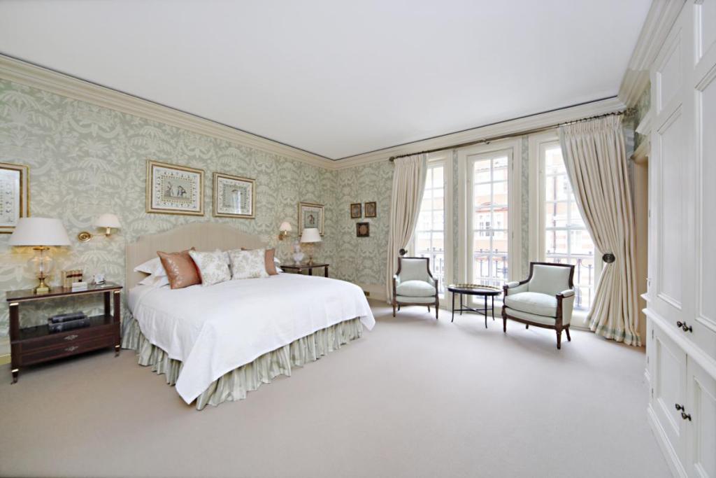 Beige Wallpaper Design Ideas Photos Inspiration Rightmove Home 1024x683