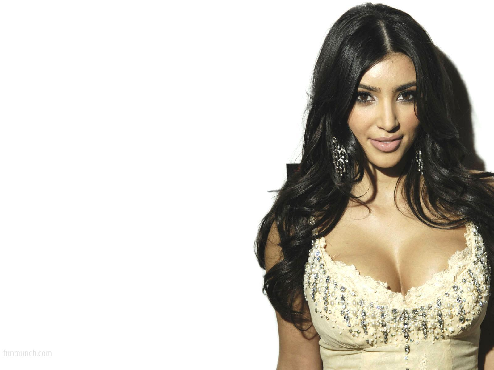 desktop kim kardashian wallpapers kim kardashian wallpaper hd 17jpeg 1600x1200