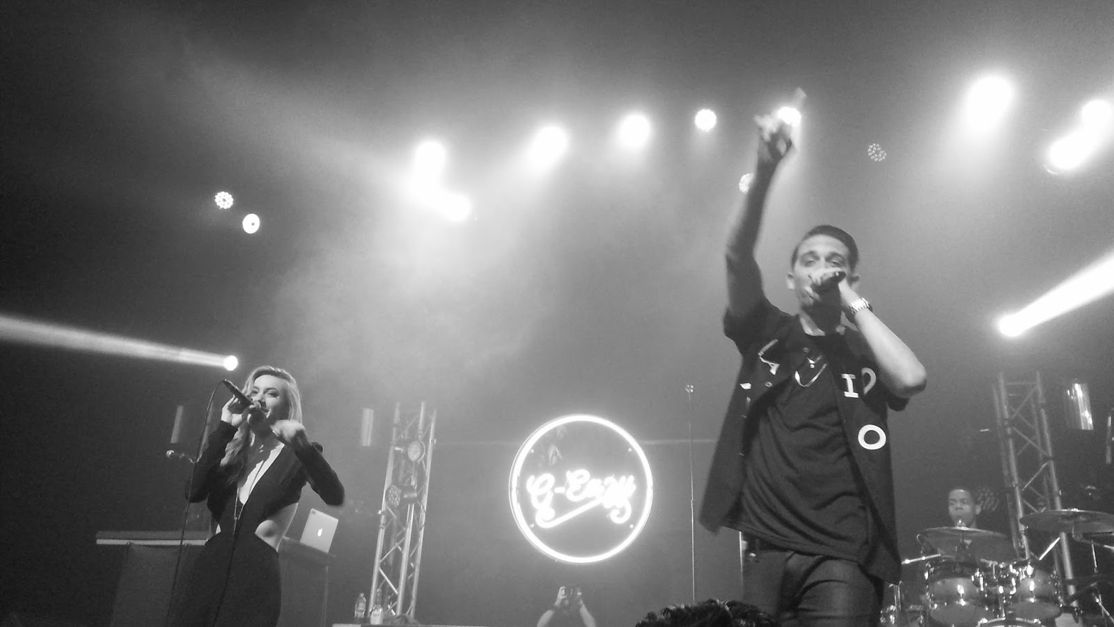 Eazy Wallpaper These Things Happen G eazy and devon baldwin 1600x900