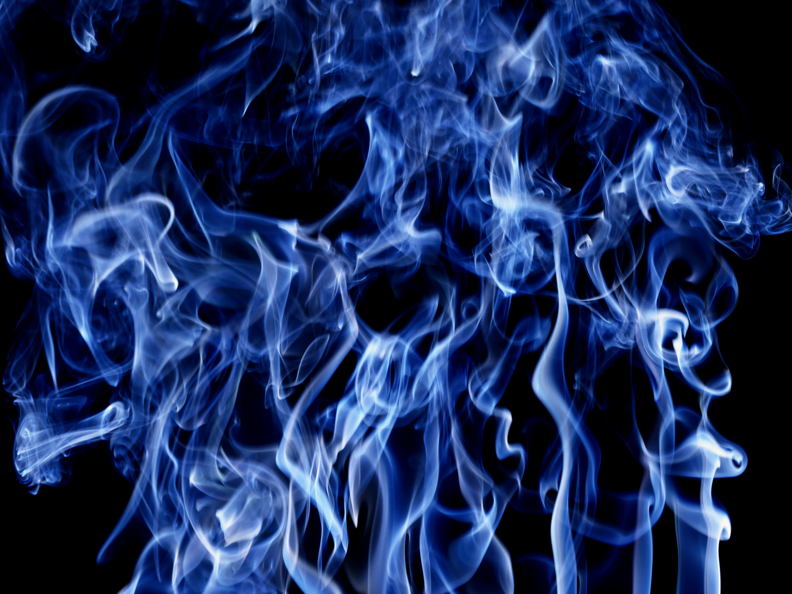 hd wallpaper wallpaper smoke black blue light background computer 1600x1200