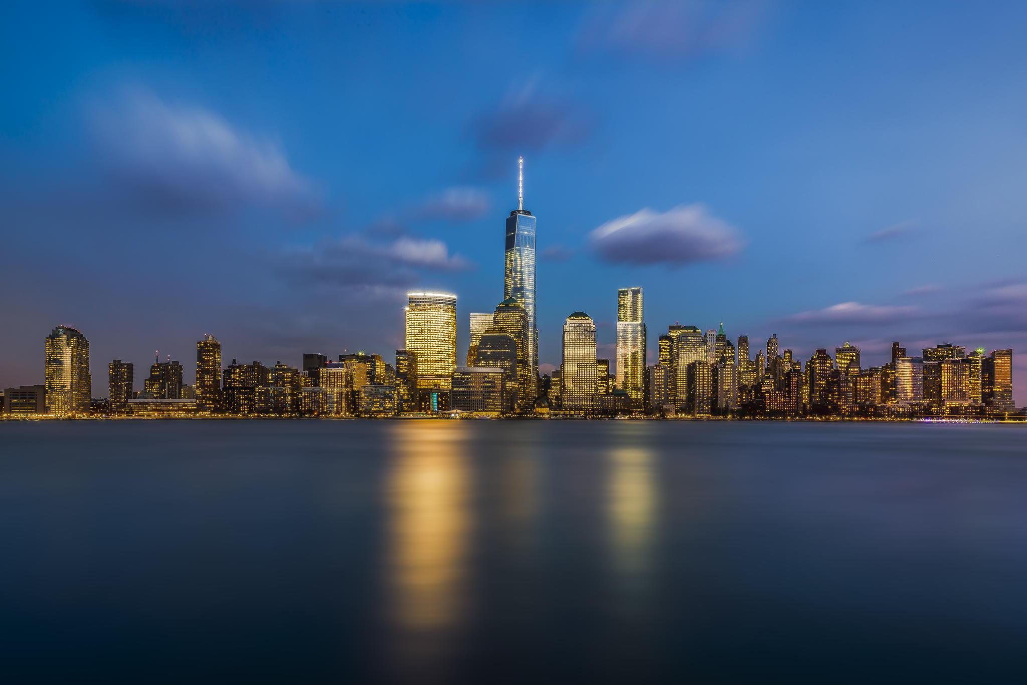 Freedom Tower Night Skyline 2048x1367