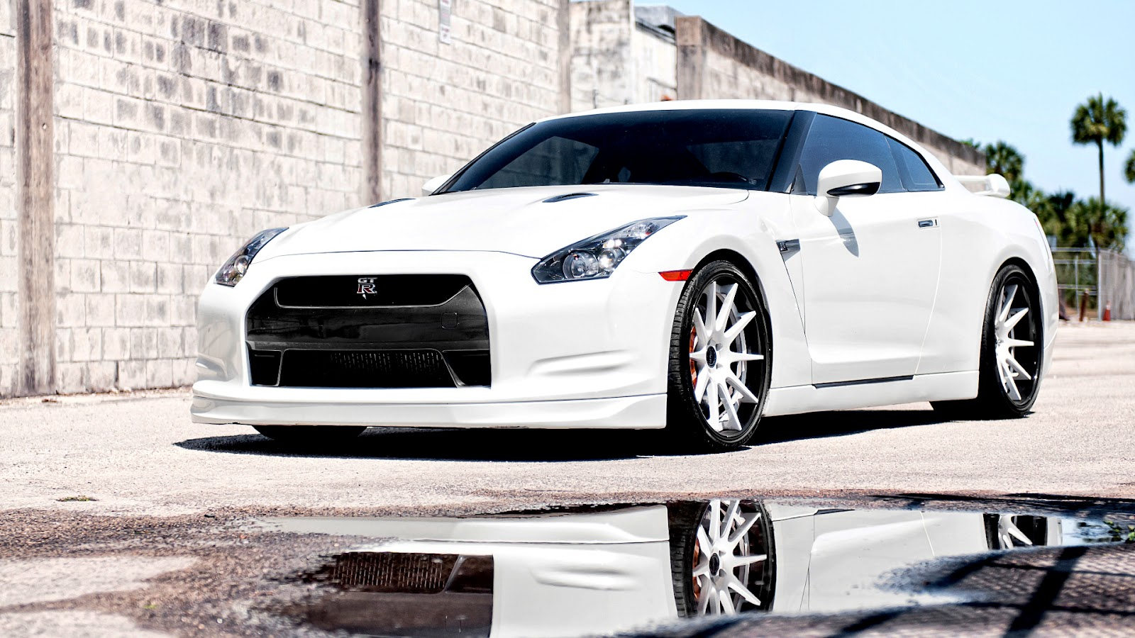 Cars HD Nissan GTR HD Wallpapers 1600x900