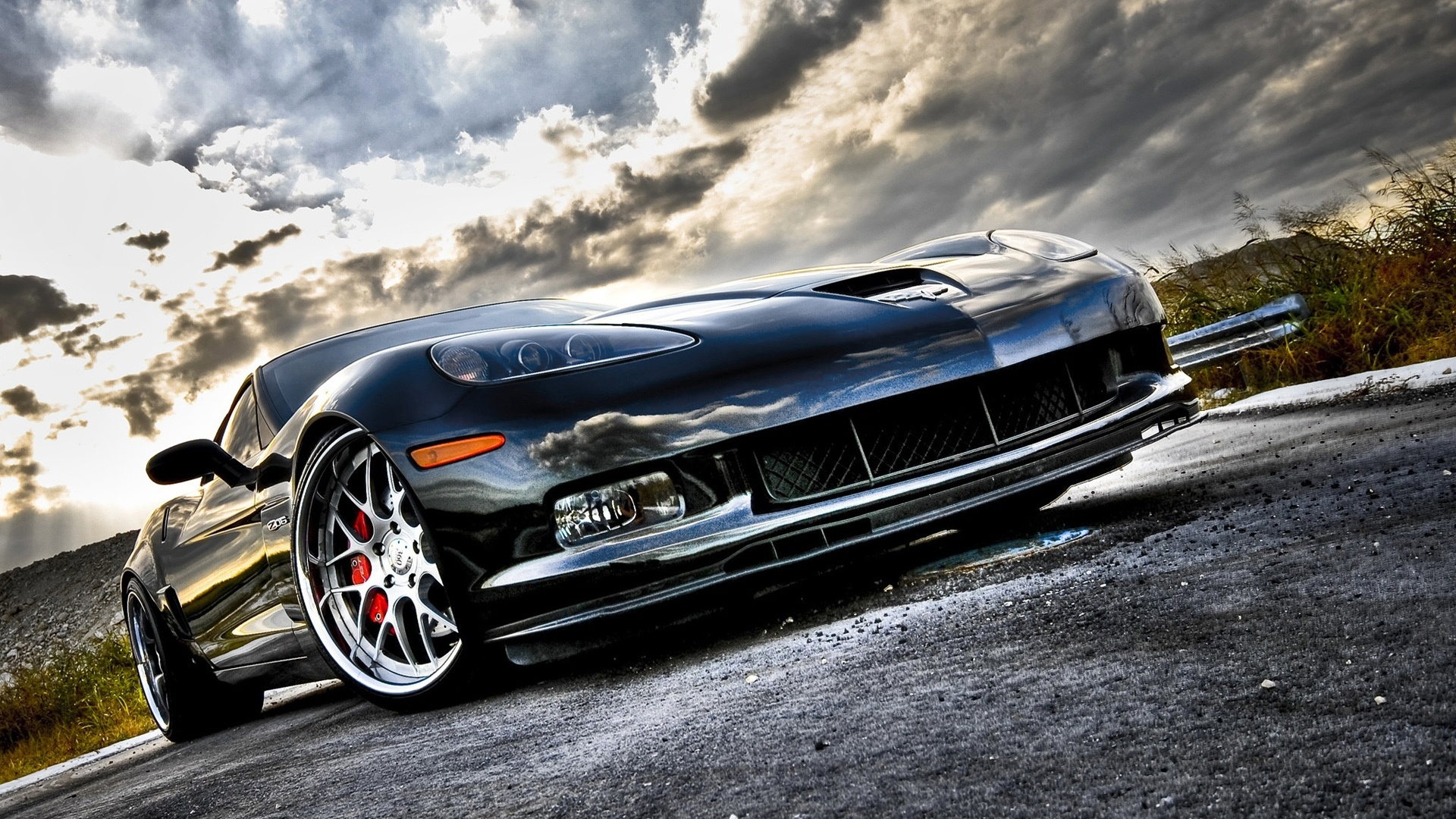 This C6 Z06 is so magnificent it stands with the sky and the clouds 1920x1080