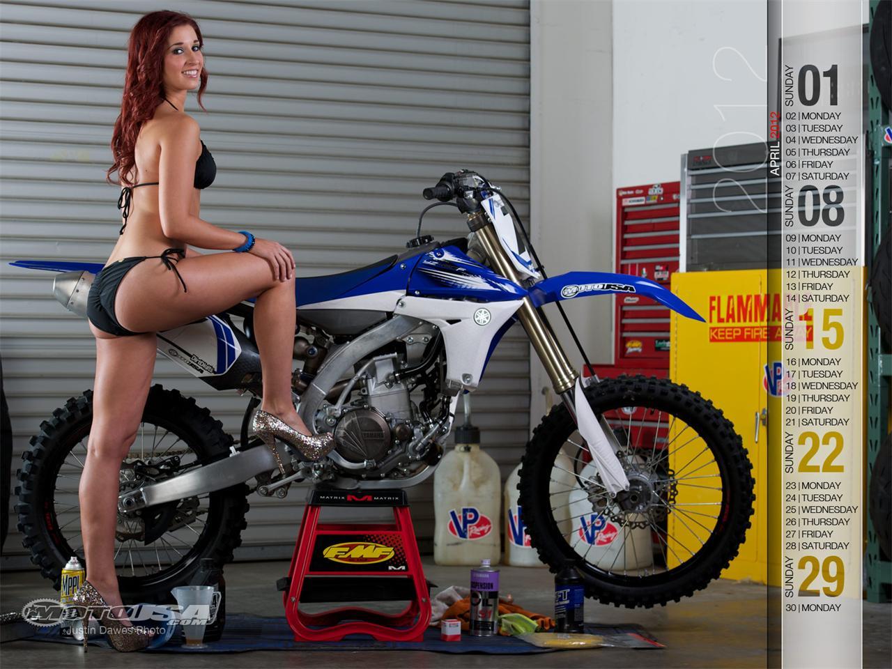 Pin Pin Girl Motocross Below 1280x960