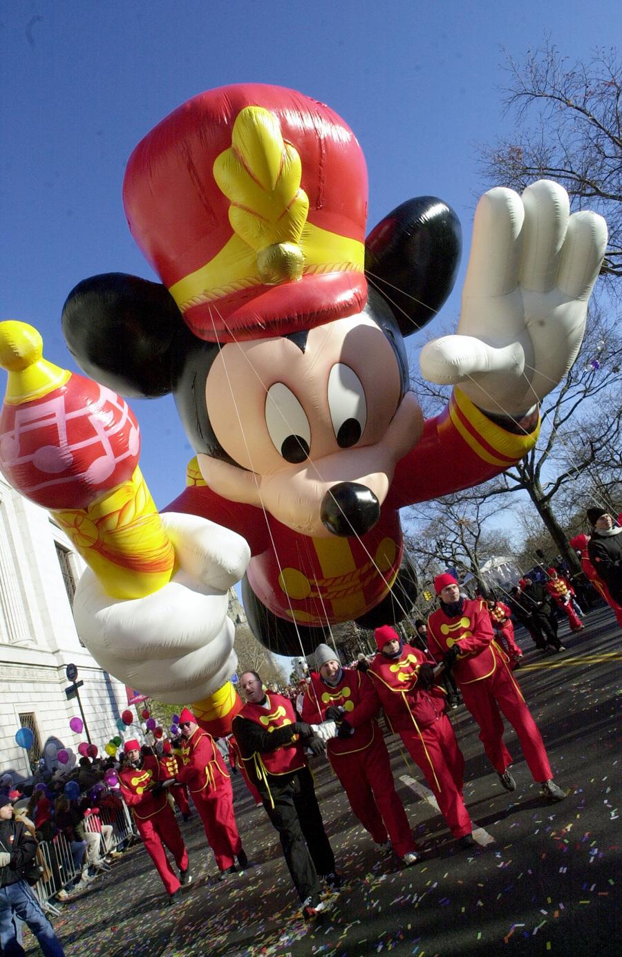 This Week in Disney History Mickey Debuts in the Macys 900x1385