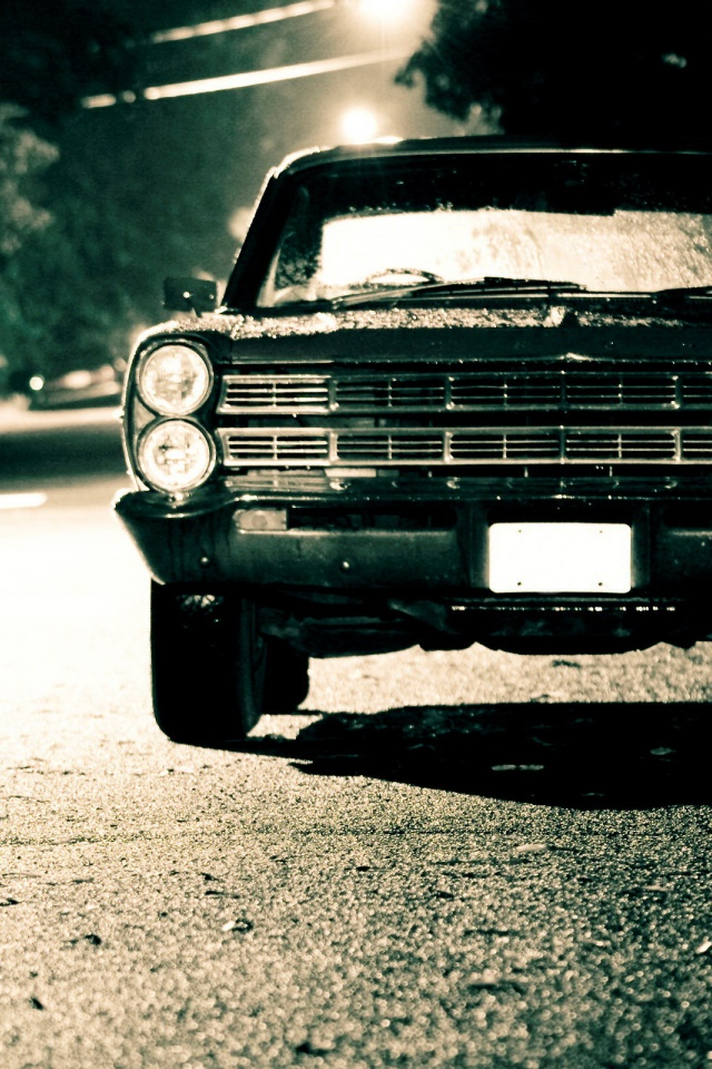 IPhone 4S Wallpapers Classic Car 640x960