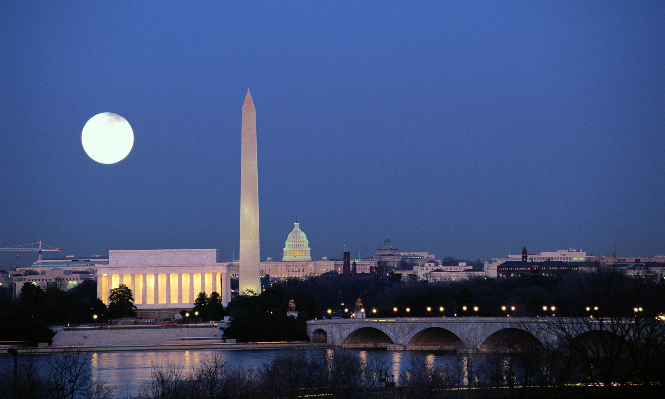why i want to go to washington dc City guide: washington 10 things to do and you don't want to be one of them washington, dc guide: find travel deals.