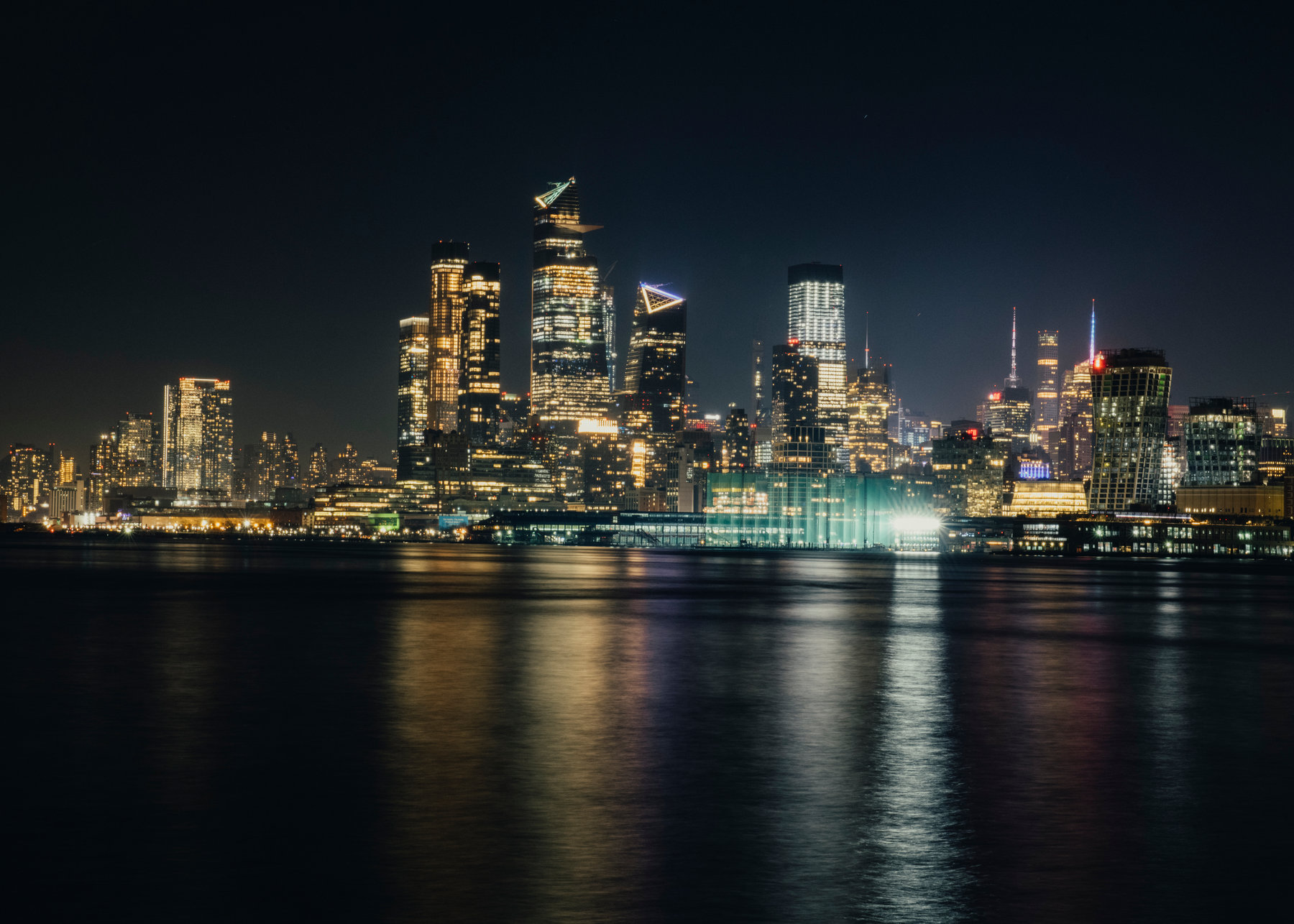 Why Is New York Citys Skyline Always Lit Up   The New York Times 1800x1286