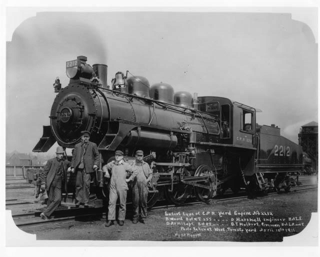 wwwtrainweborgoldtimetrainsCPR Lambtonyard engines steamhtm 640x514