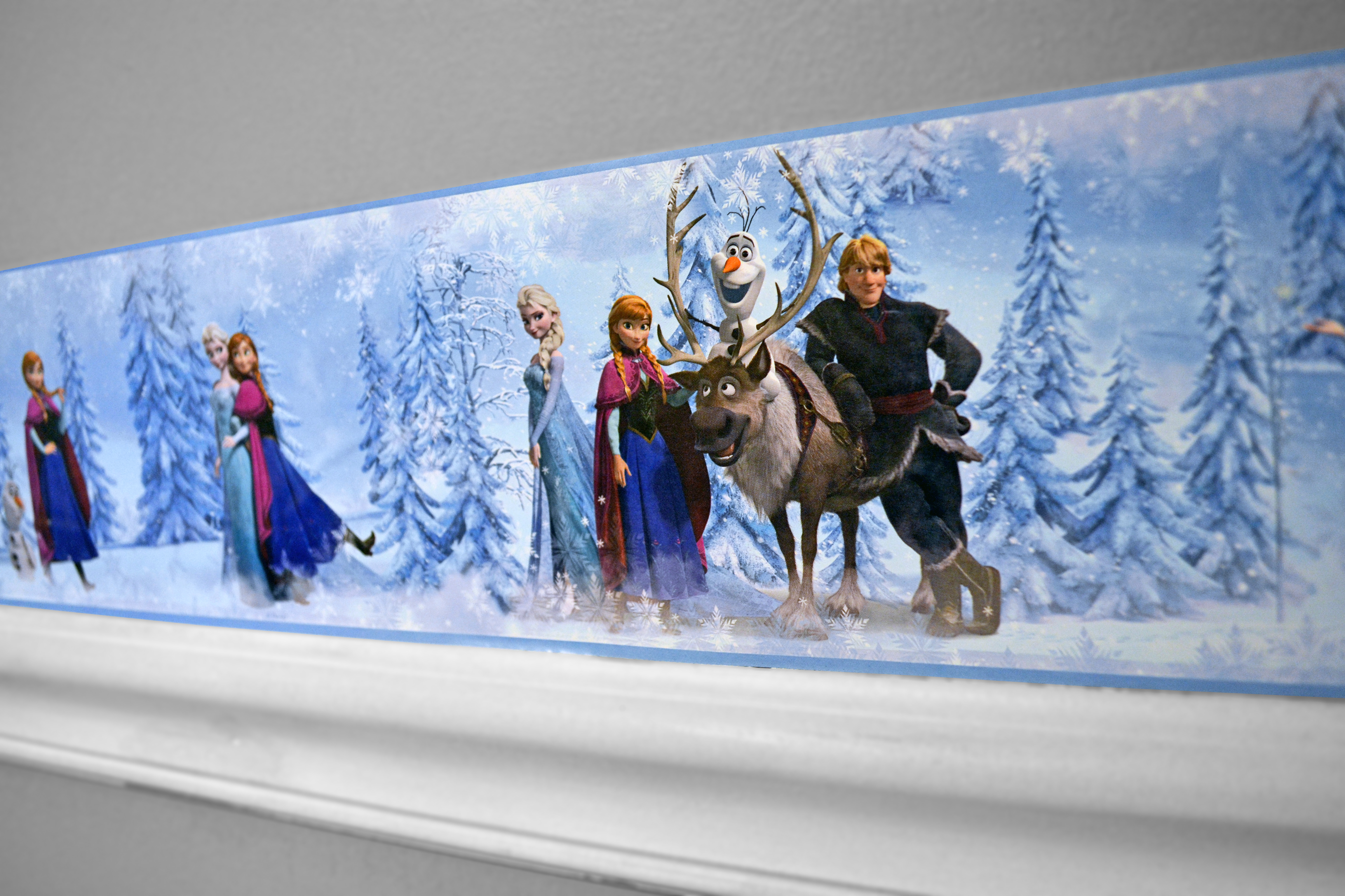 Disney Frozen Border Frozen Border Bedroom Makeover 4608x3072