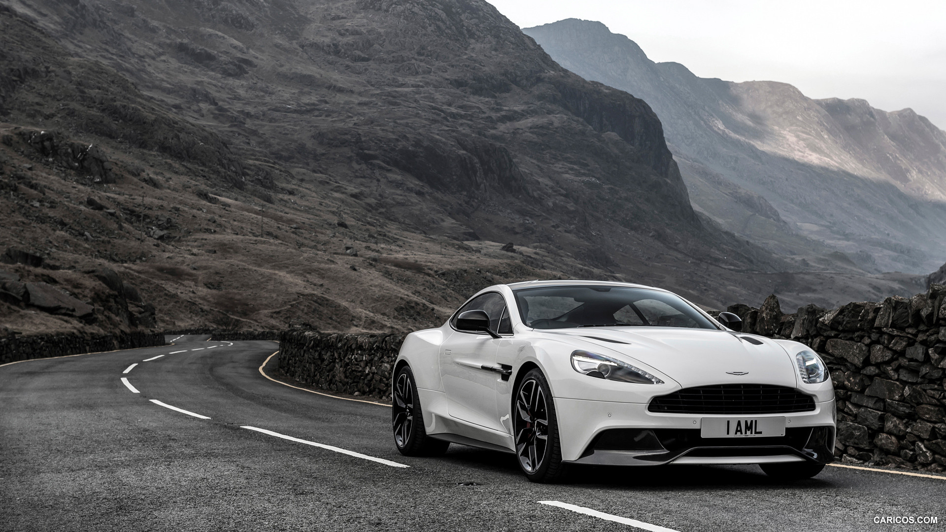 2015 Aston Martin Vanquish Carbon White Edition   Front HD 1920x1080