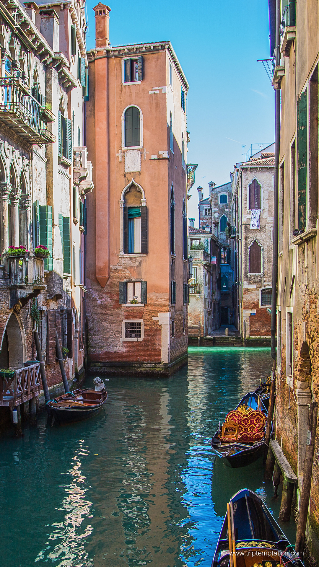 Download Canals of Venice iPhone 6 Plus 1080x1920