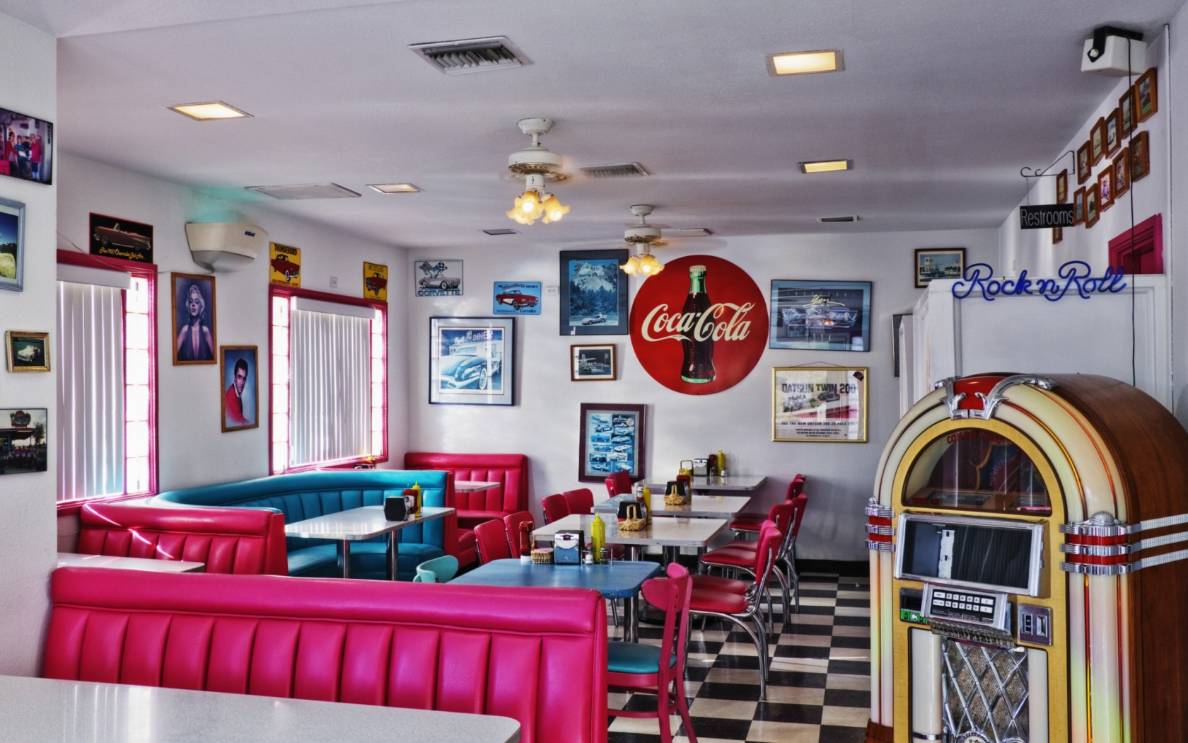 Free download Diner Style Wallpaper of a 50s style Diner ...