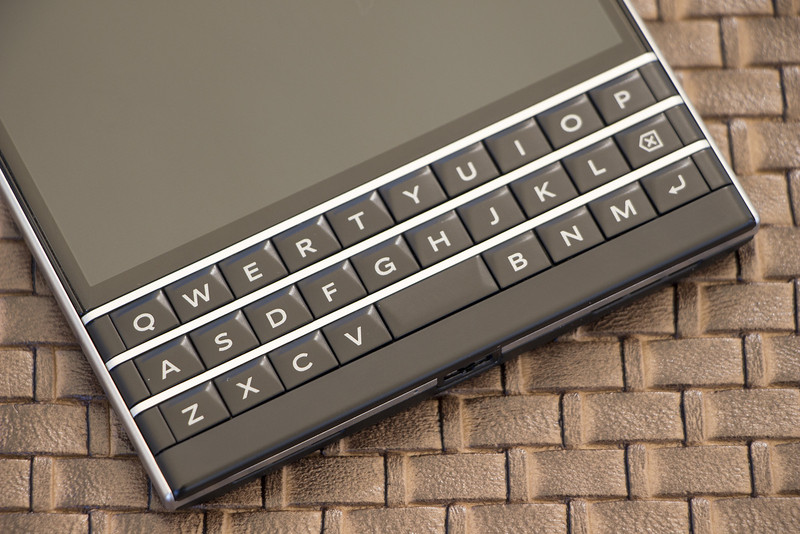 ATT getting exclusive on BlackBerry Passport when it launches in the 800x534