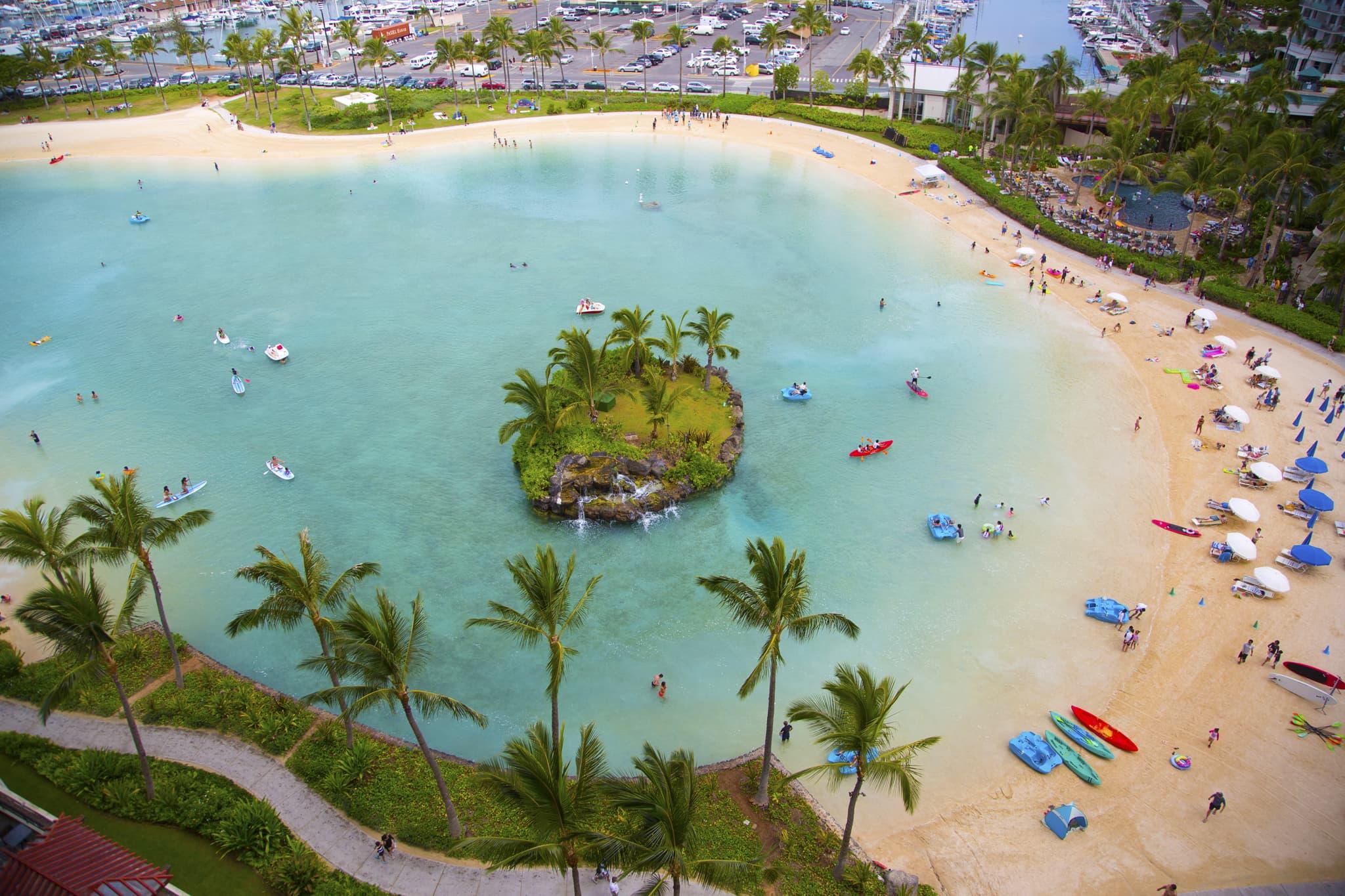 Hilton Hawaiian Village Waikiki Beach Photo Gallery 2048x1365