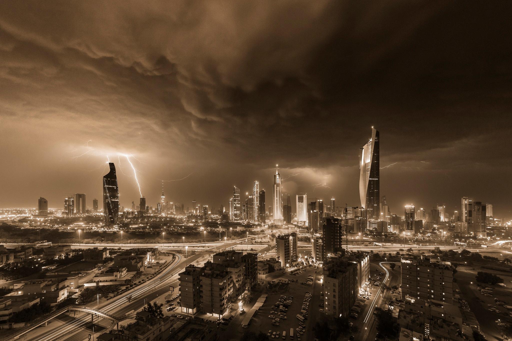 Kuwait Thunderstorm Sepia HD Wallpaper Background Image 2048x1366
