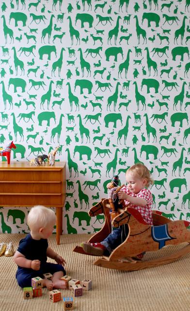 Animal Farm Kids Wallpaper   Modern   Nursery Decor   by Rosenberry 392x640