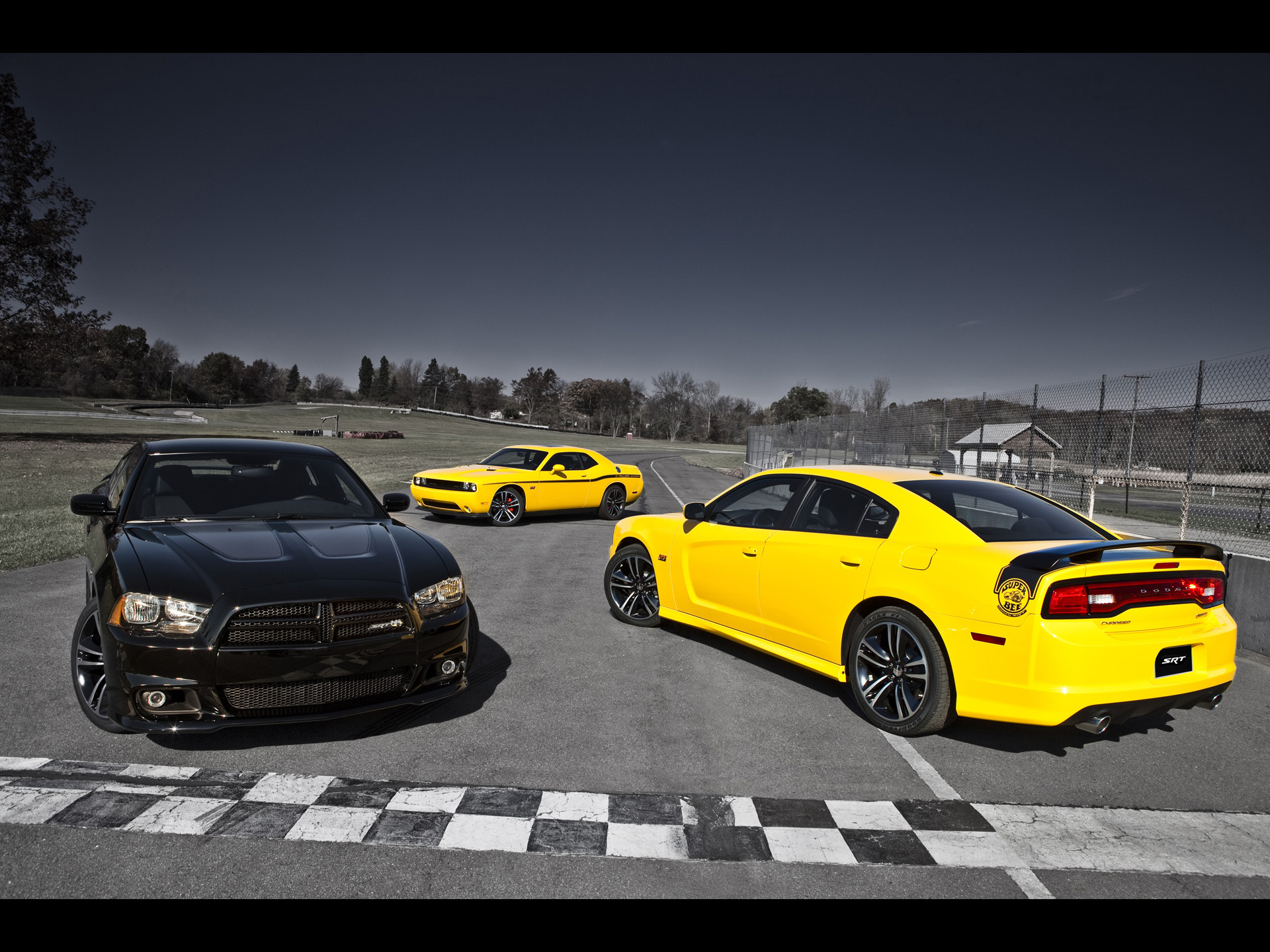 Dodge Challenger SRT8 392 Yellow Jacket   Trio   1920x1440   Wallpaper 1920x1440