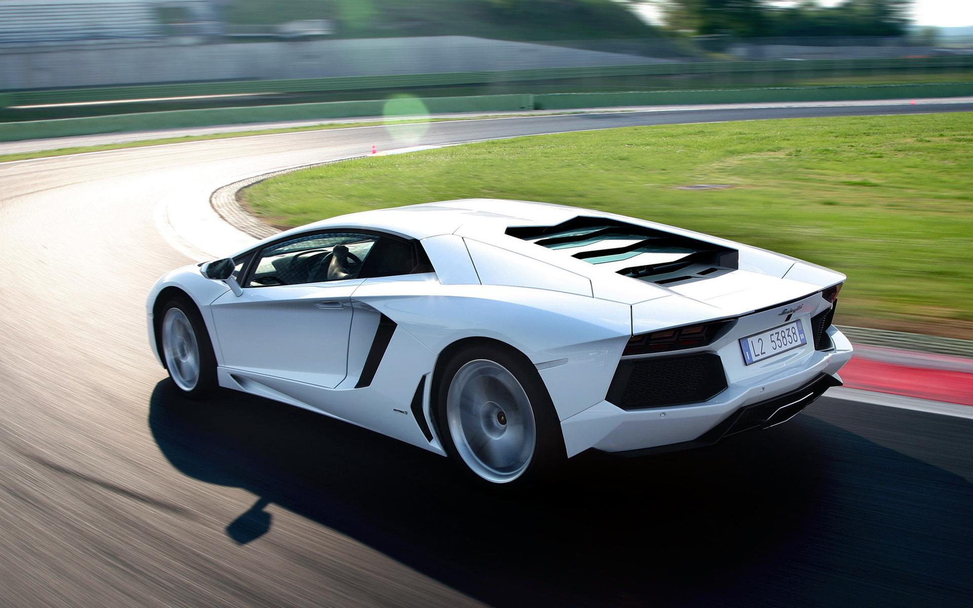 HD Wallpapers Lamborghini Aventador - WallpaperSafari